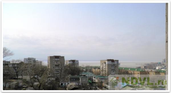 Владивосток, ул. Нахимова, 2. гостинка. Вид из окна